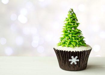 25 Creative Christmas Cupcake Ideas