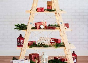 18 Beautiful Christmas Tree Decorating Ideas